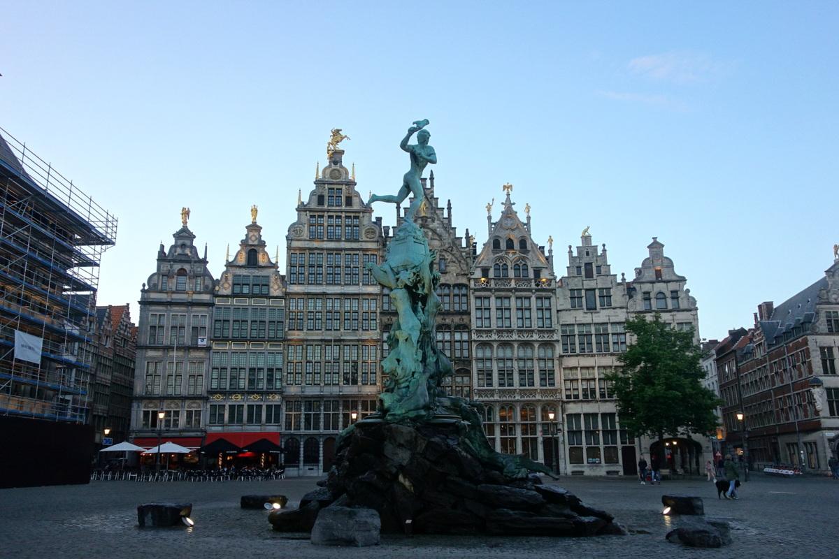 La Grand place d'Anvers