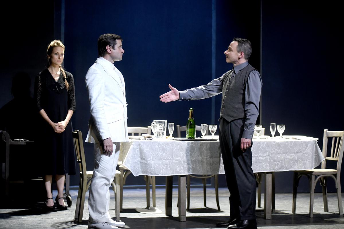 Adieu Monsieur Haffmann - Théâtre
