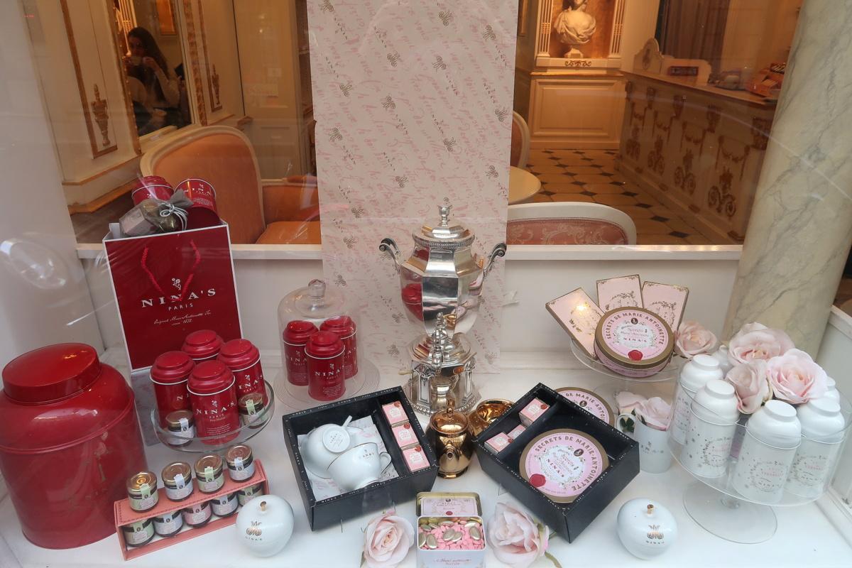 L'heure du thé au salon Nina's Marie-Antoinette