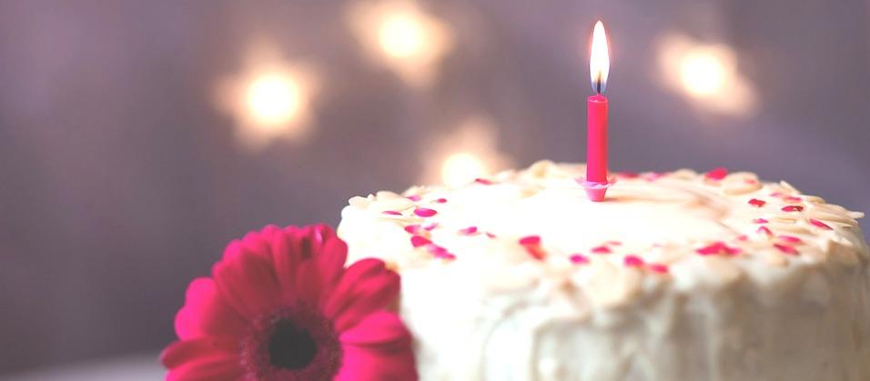 Anniversaire - Bougie et gâteau