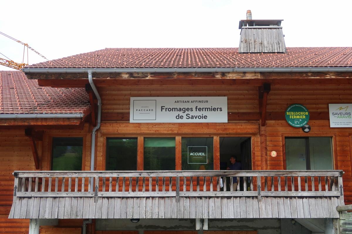 Joseph Paccard, artisan affineur - Fromages fermiers de Savoie